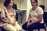 Izq-dcha, Luisa e Inma de volunatraido en Marillac